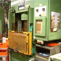 Double-Column Presse DIEFFENBACHER PO 160